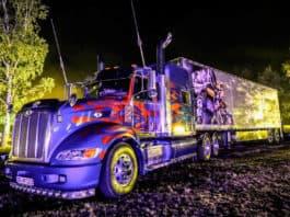 VIECC Optimus Prime Truck